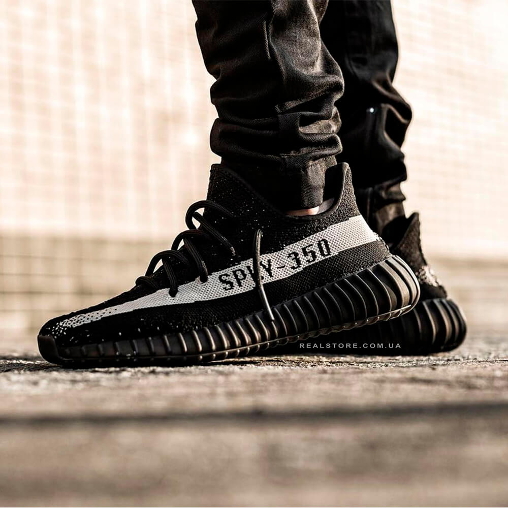 "Кроссовки Adidas Yeezy Boost 350 V2 ""Black/White"""