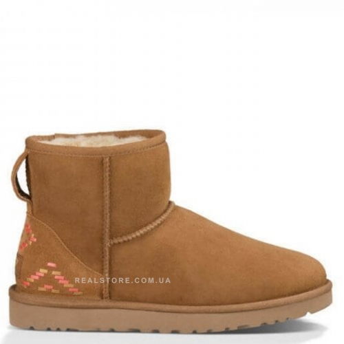 "UGG Classic Mini Ornament ""Chestnut"""